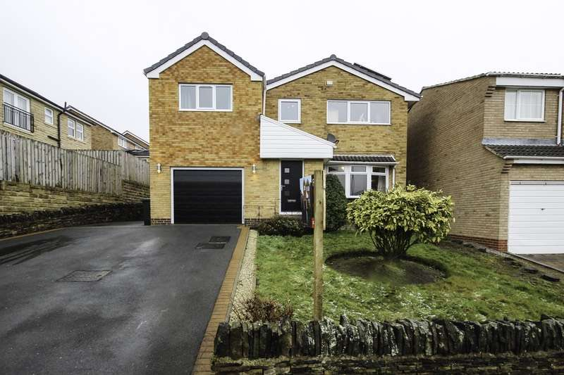 5 Bedrooms Detached House for sale in Cleveland Way, Huddersfield, West Yorkshire, HD8