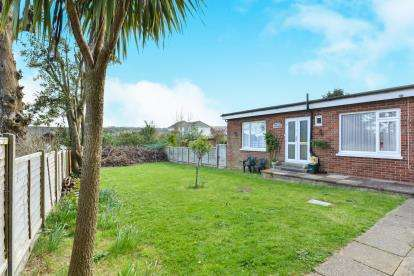 1 Bedroom Maisonette Flat for sale in 7 Clarence Road, Shanklin, Isle Of Wight