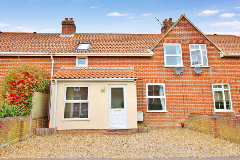 3 Bedrooms Terraced House for sale in Bolingbroke Road, Norwich