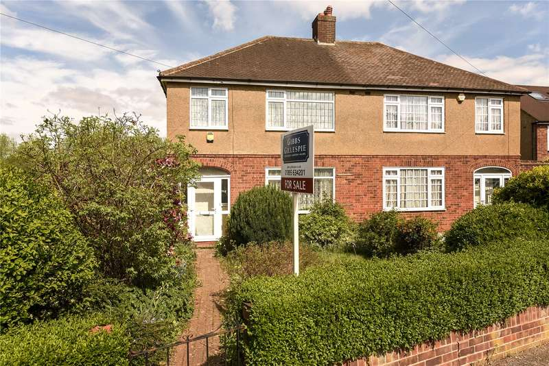 3 Bedrooms Semi Detached House for sale in Torcross Road, Ruislip, Middlesex, HA4