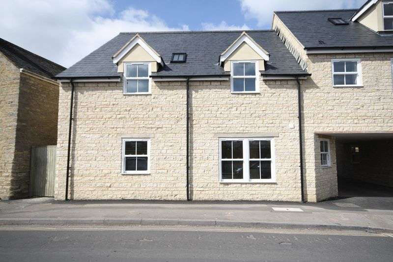 1 Bedroom Flat for sale in 5 Jack's Corner, The Crofts, Witney Town Centre OX28 4AD