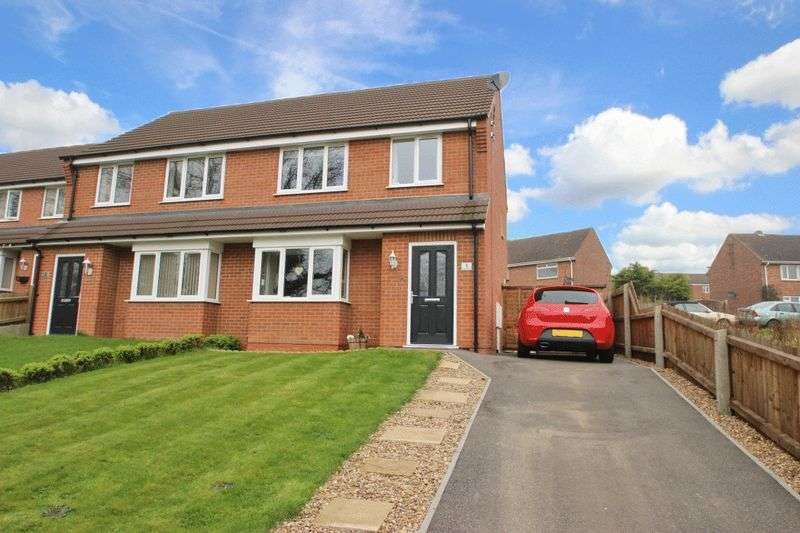 3 Bedrooms Semi Detached House for sale in ORFORD CLOSE, BROOKENBY