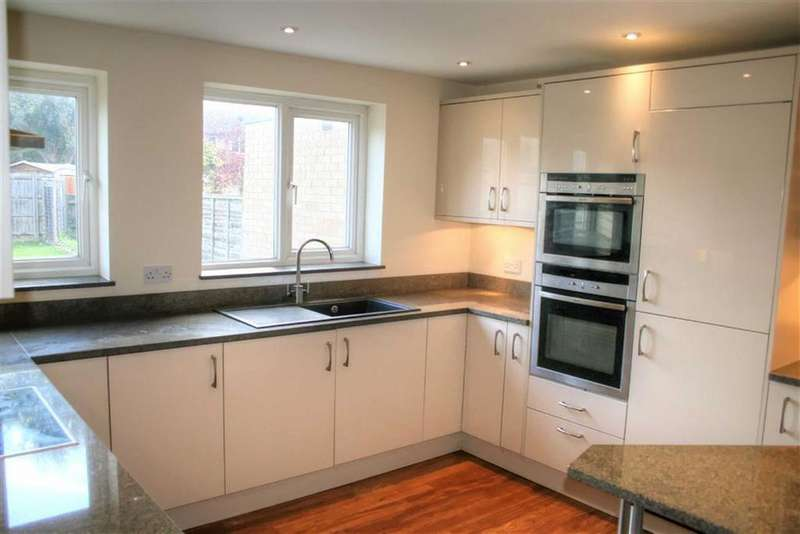 2 Bedrooms End Of Terrace House for sale in Caravere Close, Cambridge