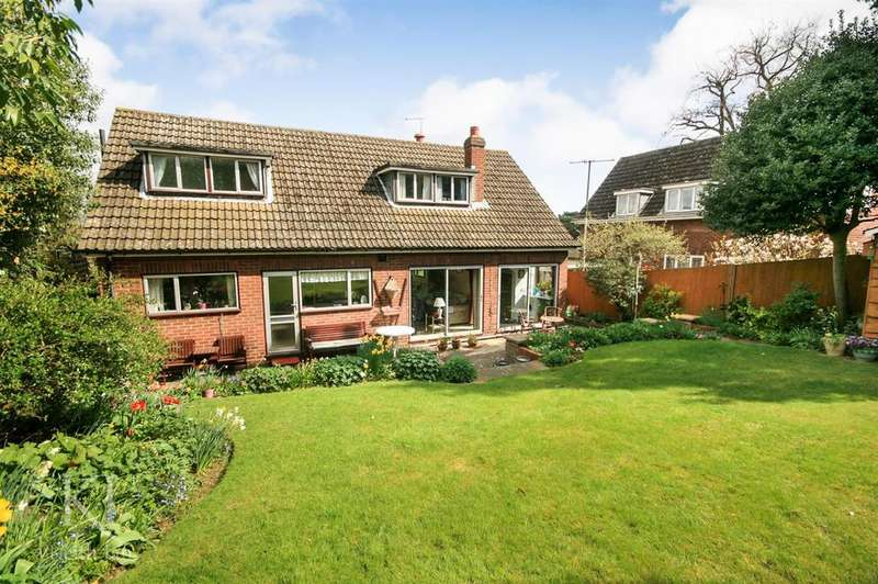 3 Bedrooms Detached House for sale in Southside, Ware