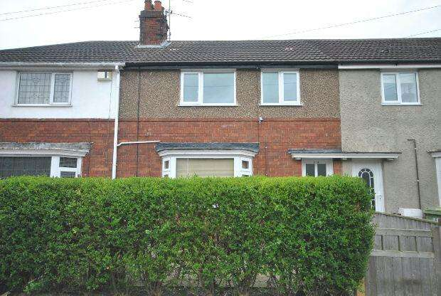3 Bedrooms Terraced House for sale in St. Leonards Avenue, GRIMSBY