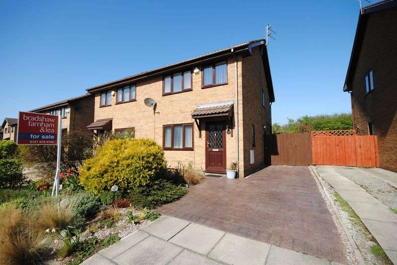 3 Bedrooms Semi Detached House for sale in Morpeth Close, Moreton