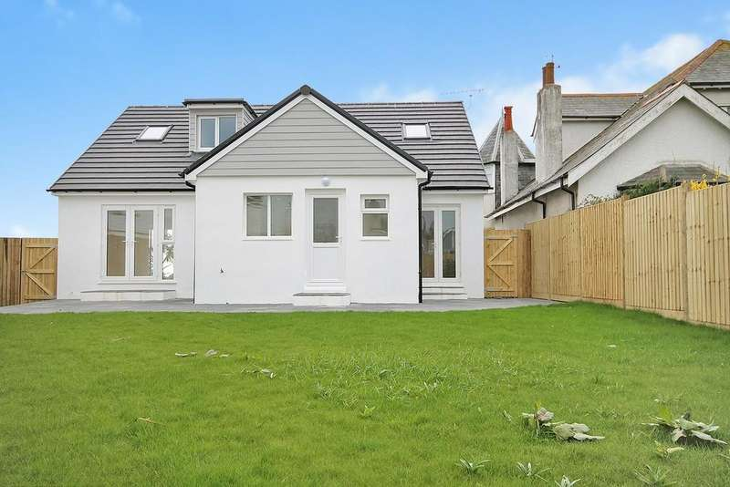 4 Bedrooms Detached House for sale in Old Salts Farm Road, Lancing BN15 8JE