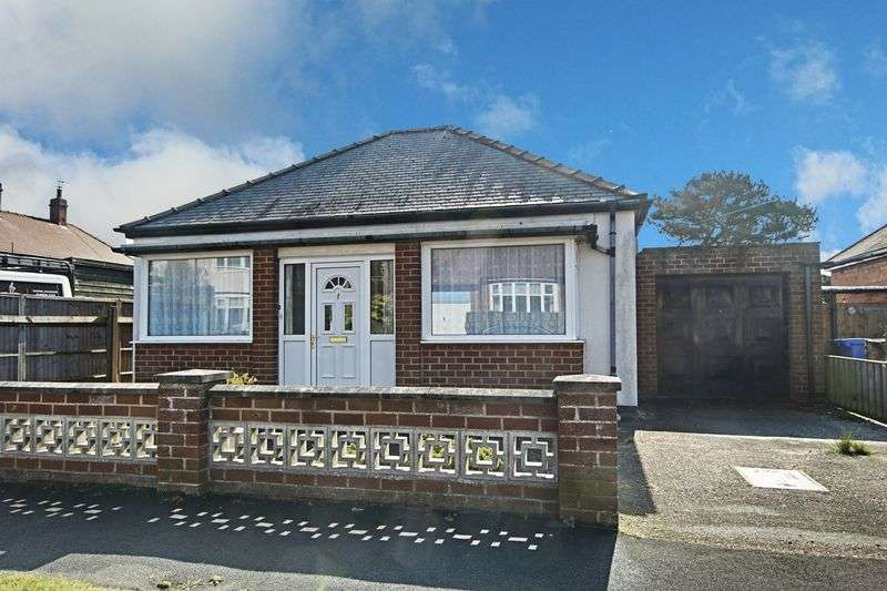 3 Bedrooms Detached Bungalow for sale in Shaftesbury Avenue, Hornsea
