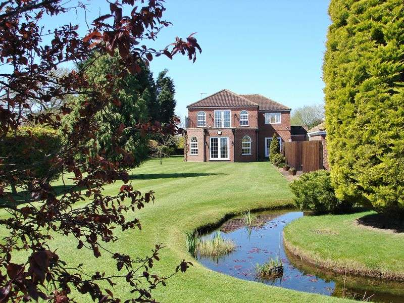 4 Bedrooms Detached House for sale in Burgh Road, Orby