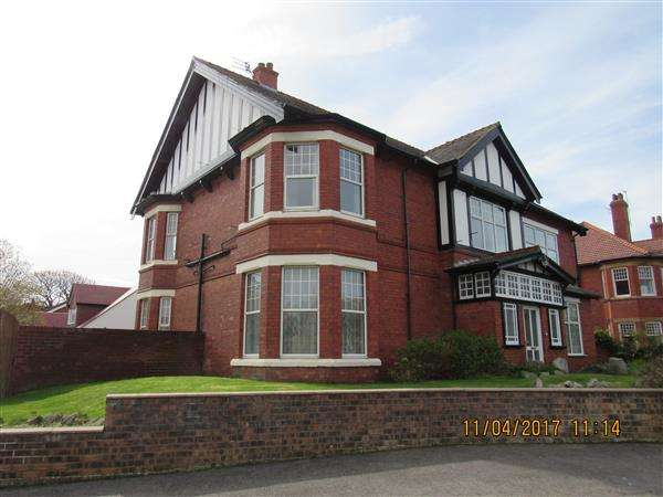 6 Bedrooms Detached House for rent in The Rocklands, Birkenhead Road, Hoylake