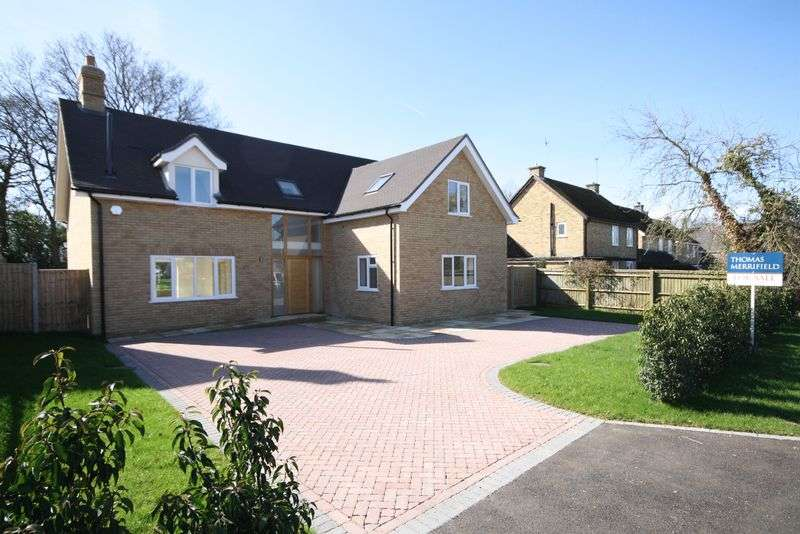 4 Bedrooms Detached House for sale in 3 Brand New Properties at NEW YATT: The Orchard, New Yatt Lane OX29 6TF