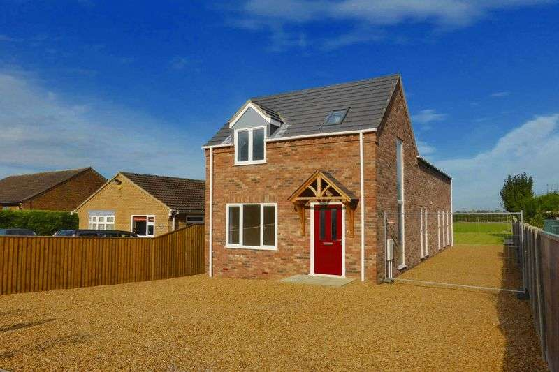 3 Bedrooms Detached House for sale in Back Road, Murrow, Cambridgeshire