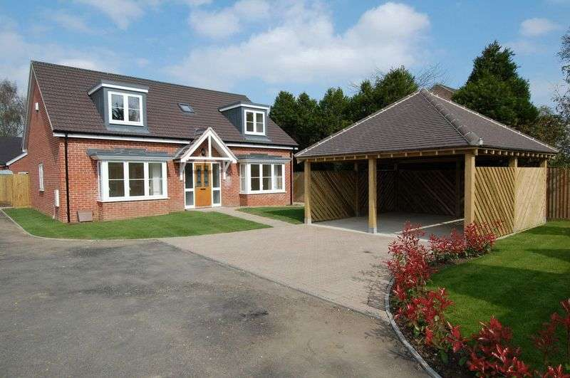 4 Bedrooms Detached House for sale in THE MOORS KIDLINGTON