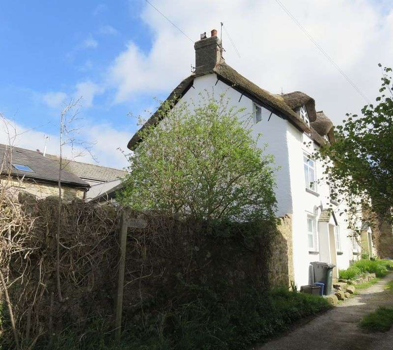 2 Bedrooms House for sale in Moretonhampstead
