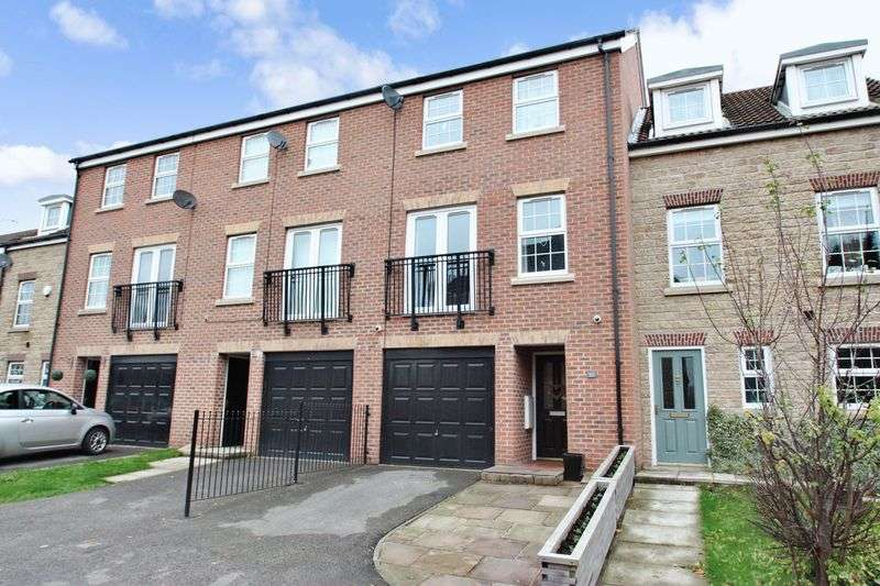 4 Bedrooms House for sale in Barncroft Close, Ackworth
