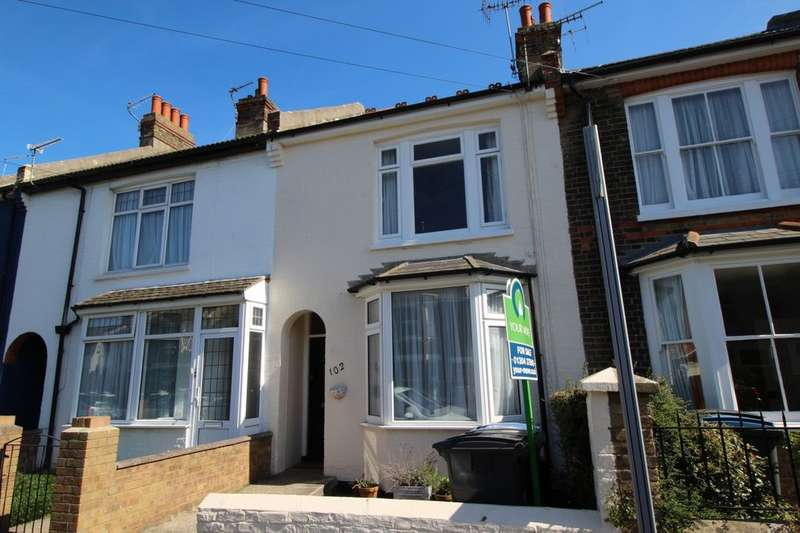 3 Bedrooms Property for sale in Downs Road, Walmer, Deal, CT14