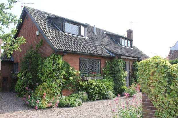 3 Bedrooms Detached Bungalow for sale in Top Street, Misson, Doncaster, South Yorkshire