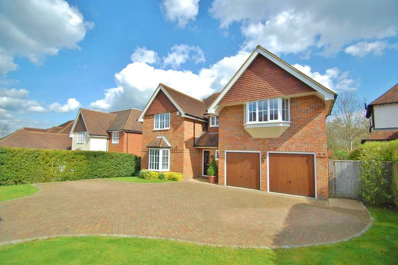 5 Bedrooms Detached House for sale in Kingsway, Chalfont St. Peter, Gerrards Cross, SL9