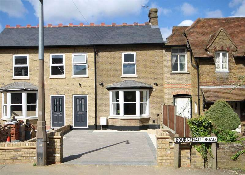 3 Bedrooms House for sale in Bournehall Road, Bushey Village, WD23.