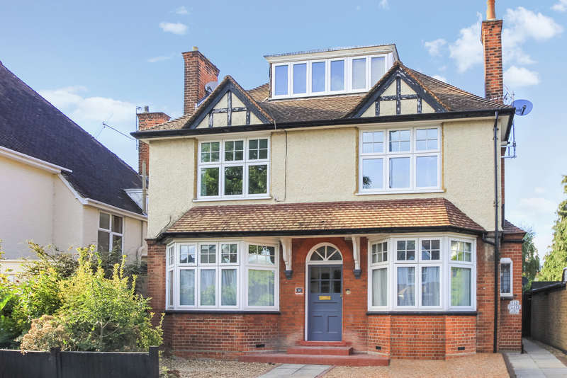 1 Bedroom Flat for sale in Ditton Road, Surbiton