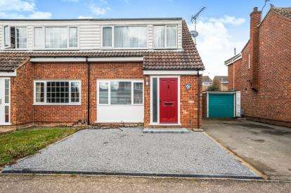 3 Bedrooms Semi Detached House for sale in Epping Green, Hemel Hempstead, Hertfordshire, .