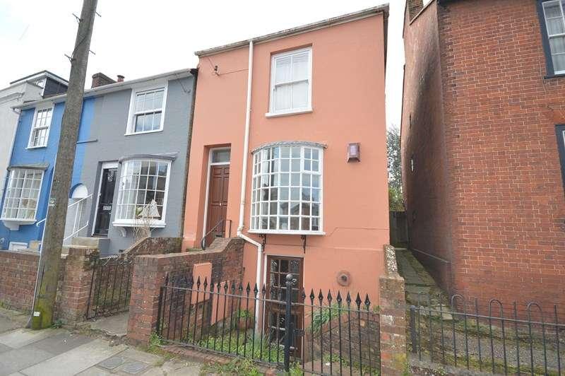 1 Bedroom Flat for sale in Gosport Street, Lymington