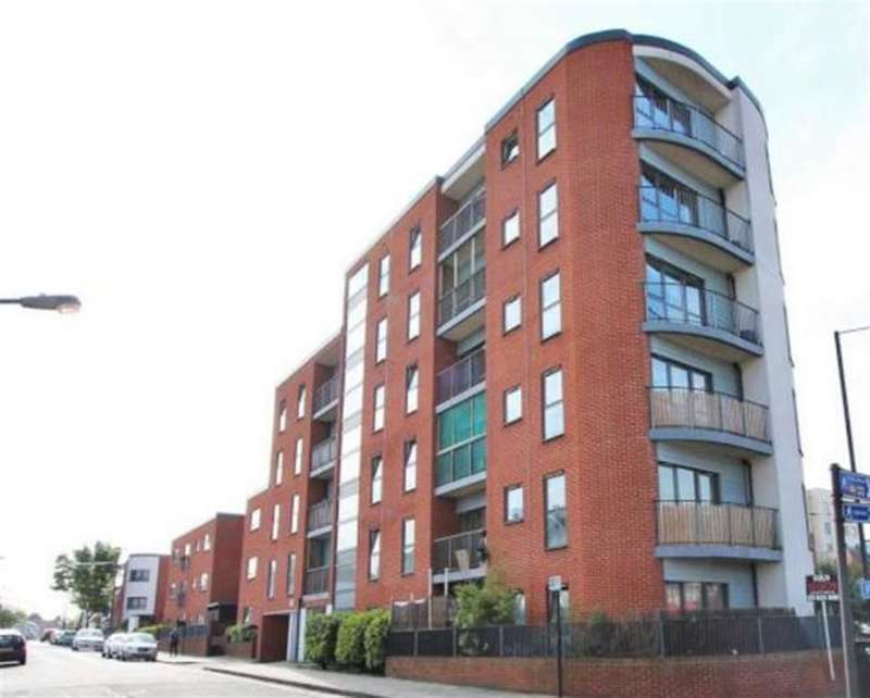2 Bedrooms Flat for sale in Sunset House, Grant Road, Harrow Wealdstone, HA3 7SA