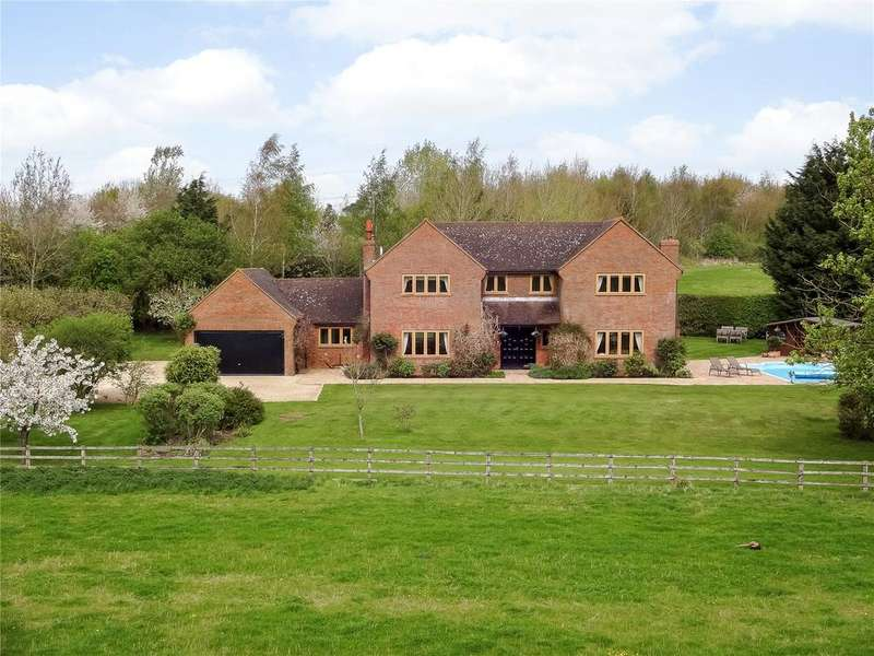 5 Bedrooms Detached House for sale in Kingswood, Aylesbury, Buckinghamshire