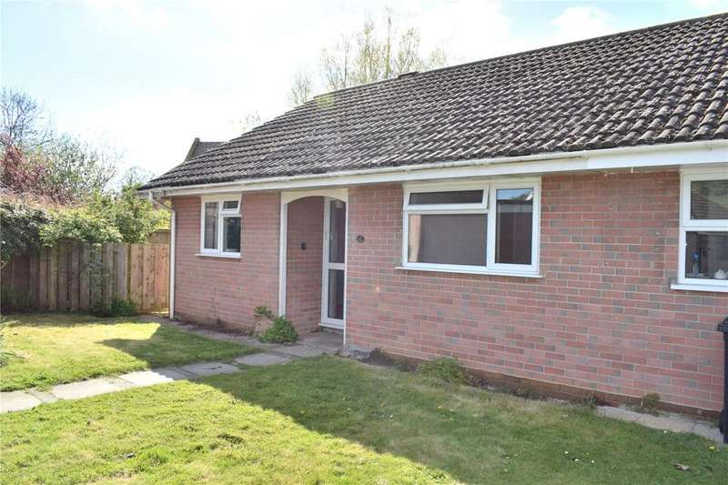2 Bedrooms Bungalow for sale in Folly Mill Gardens, Bridport, Dorset