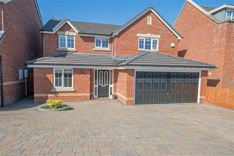 4 Bedrooms Detached House for sale in Vounog Hill, Penyffordd, Chester, Flintshire