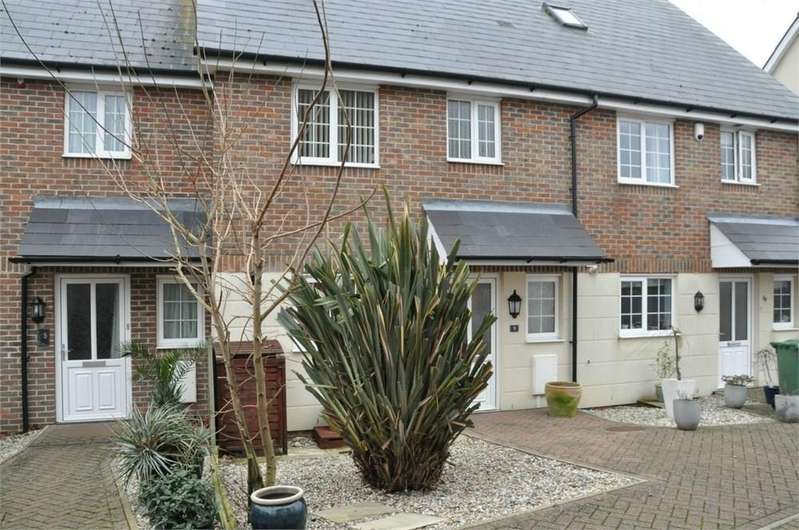 4 Bedrooms Terraced House for sale in The Mews, Bexhill-on-Sea, TN40