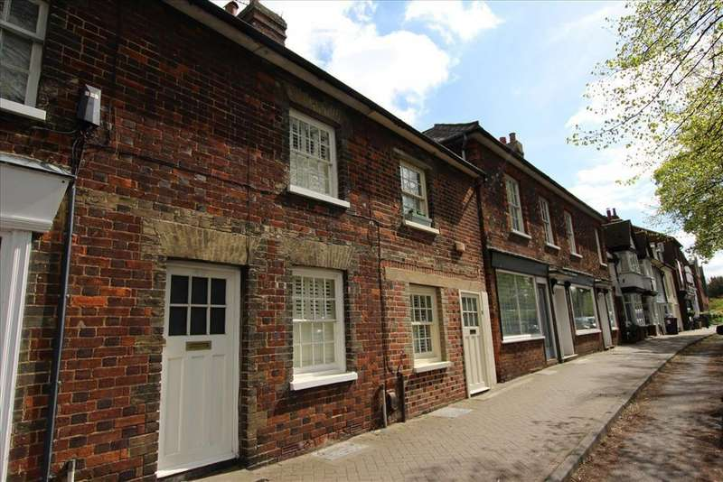 3 Bedrooms Terraced House for sale in High Street, Baldock, SG7