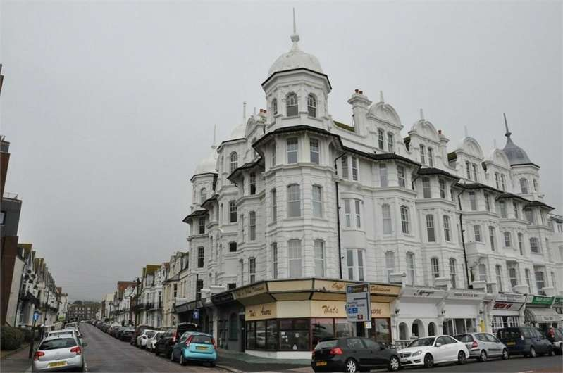 2 Bedrooms Apartment Flat for sale in Wilton Road, Bexhill-on-Sea, TN40