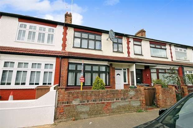 3 Bedrooms Terraced House for sale in Rushcroft Road, Chingford, London