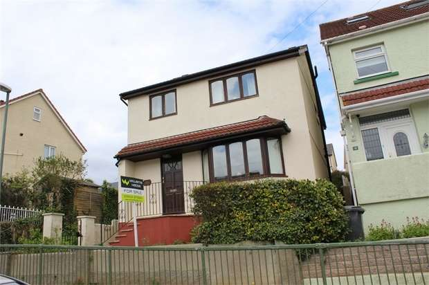 4 Bedrooms Detached House for sale in Horace Road, Torquay, Devon
