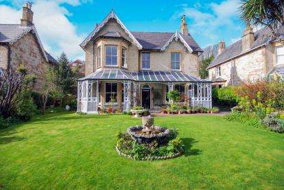 6 Bedrooms Detached House for sale in Ventnor, Isle Of Wight