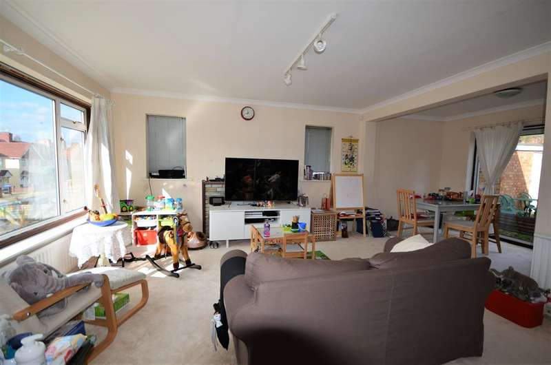 3 Bedrooms Detached House for sale in Tokyngton Ave, Wembley, Middlesex, HA9 6HB