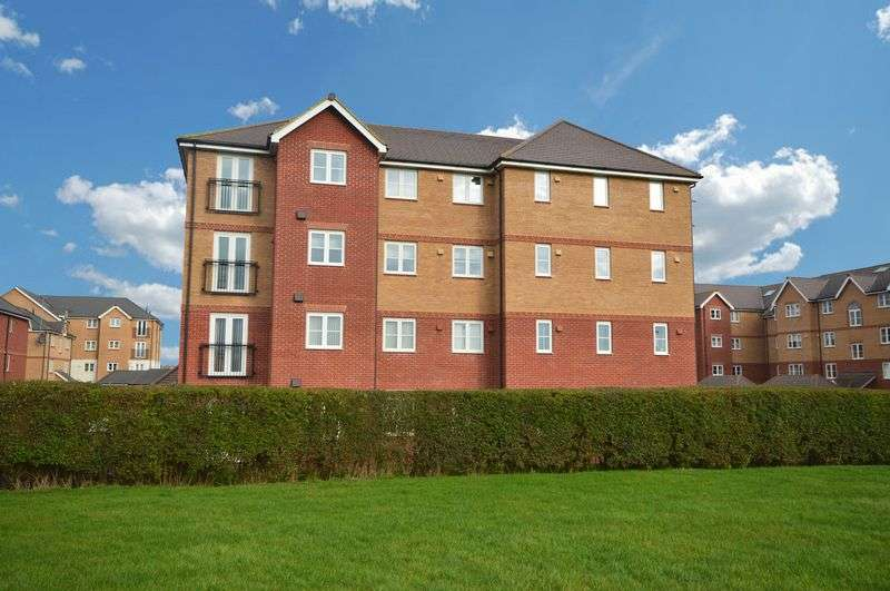 2 Bedrooms Flat for sale in Nythe, Swindon