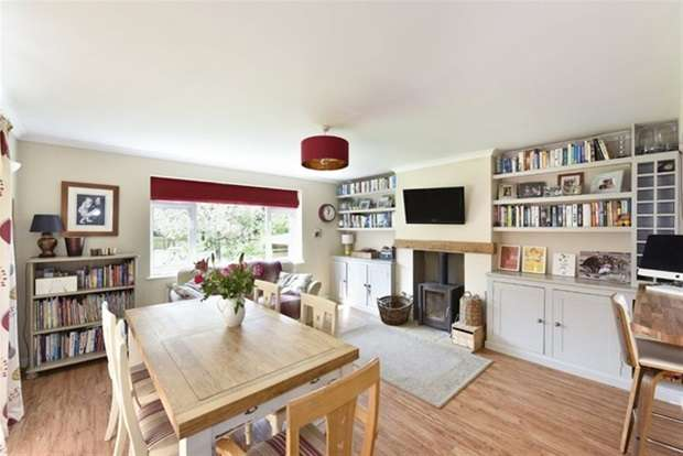 3 Bedrooms Detached Bungalow for sale in Church Lane, Rode, Frome