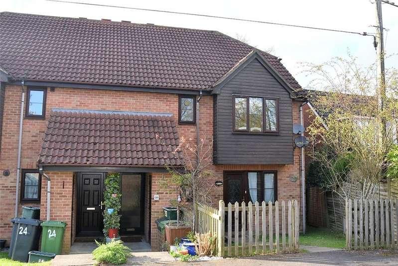 2 Bedrooms Maisonette Flat for sale in Linton Close, Tadley, Hampshire, RG26