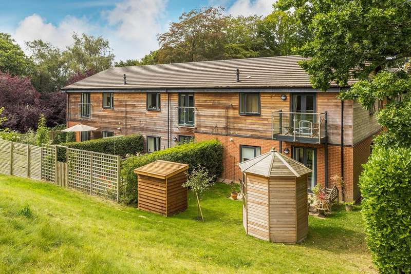 1 Bedroom Retirement Property for sale in Haslemere