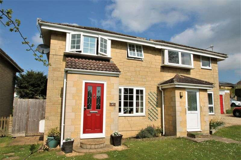 3 Bedrooms Semi Detached House for sale in Elphick Road, Cirencester, Gloucestershire