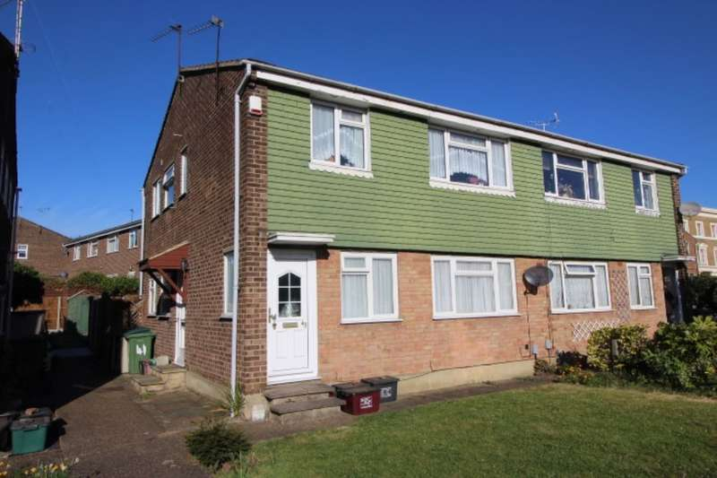 2 Bedrooms Flat for sale in Milford Close, Upper Abbey Wood, London, SE2