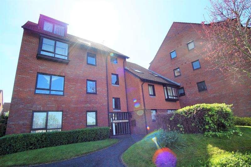 1 Bedroom House Share for rent in Haythorne Court, Marina Gardens, Fishponds, Bristol, BS163YW