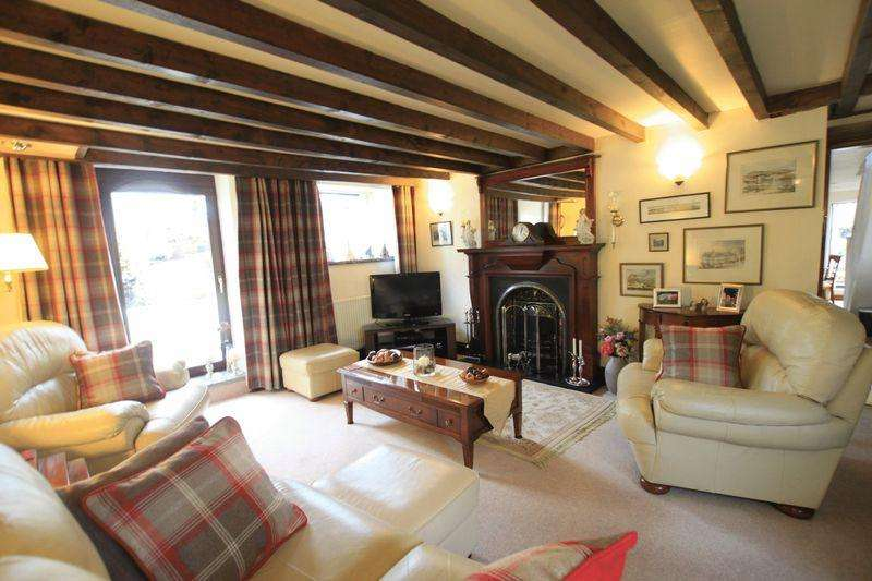 2 Bedrooms Cottage House for sale in Llandegfan, Anglesey