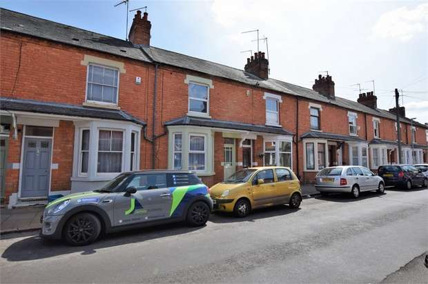 3 Bedrooms Terraced House for sale in Wantage Road, Northampton