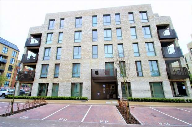 3 Bedrooms Flat for sale in Brannigan Way, Edgware, Middlesex