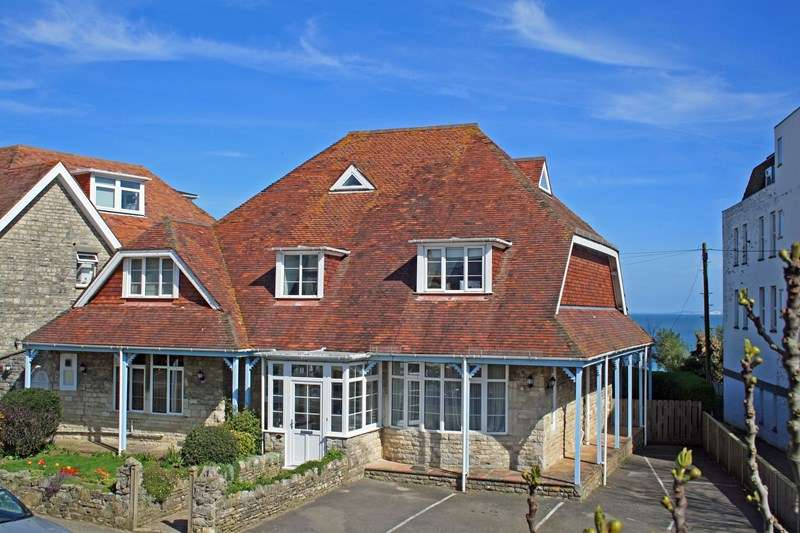 7 Bedrooms Detached House for sale in Burlington Road, Swanage