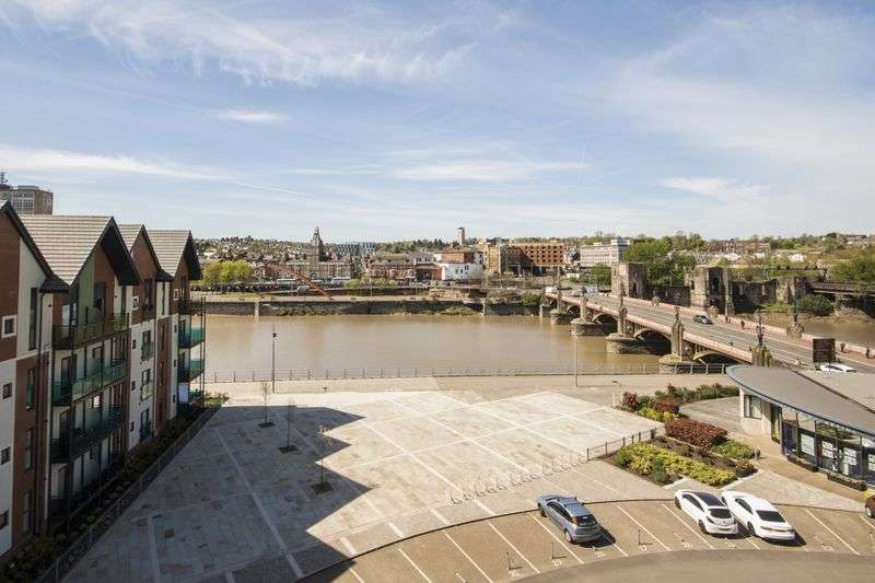 3 Bedrooms Flat for sale in Clarence Place, Newport