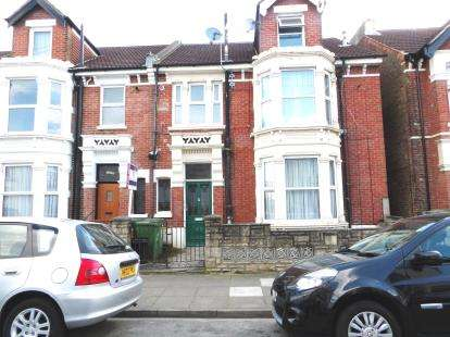 3 Bedrooms Flat for sale in Portsmouth, Hampshire, England